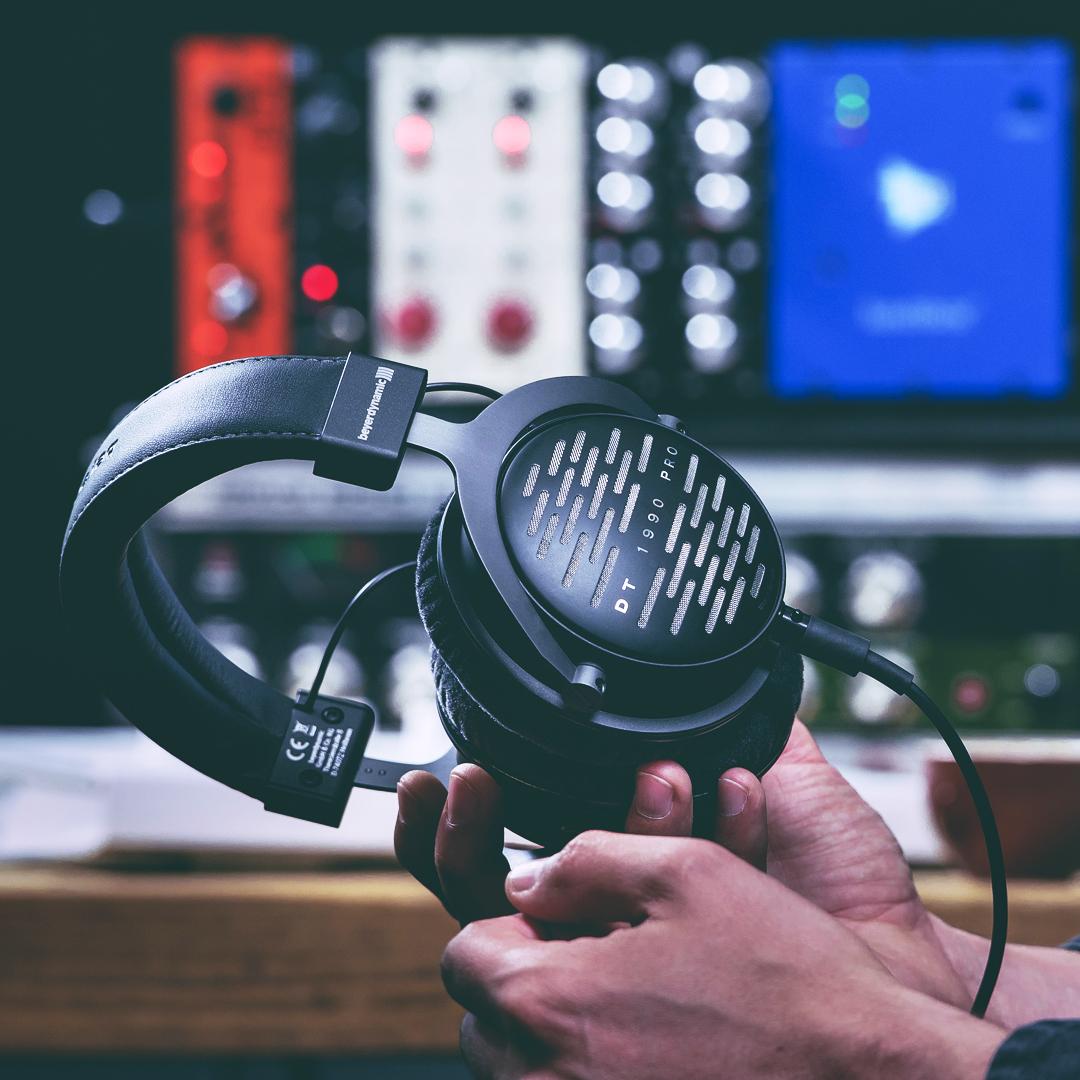 Beyerdynamic DT 1990 PRO - offener Studio-Referenzkopfhörer [Amazon Italien]
