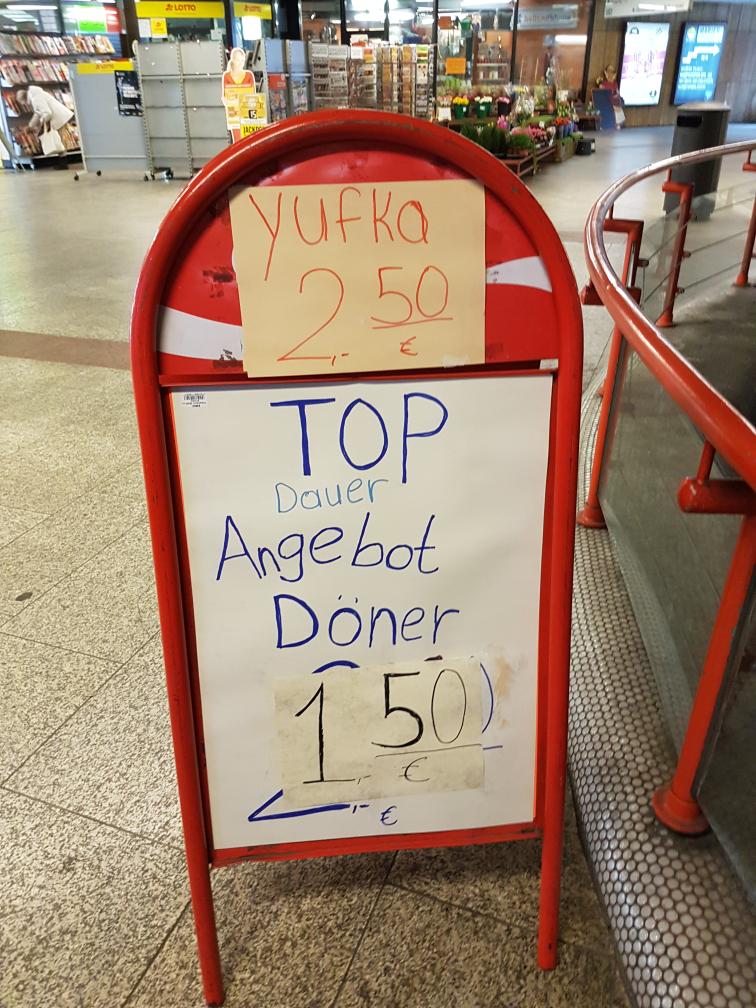 Stuttgart Stadtmitte - Döner  1.50€ / Yufka 2.50€