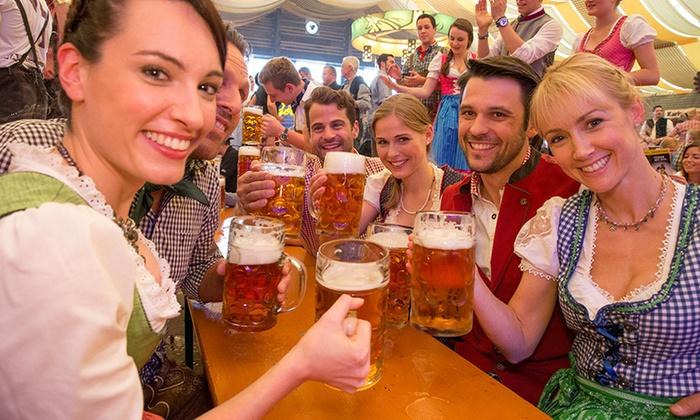Stuttgarter Frühlingsfest 2017 -Tischreservierung 10 PAX mit 10 halbe Hähnchern und 20 Maß beim Göckelesmaier