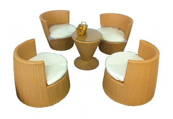 [Dealclub] MP Home & Garden Sitzgruppe Polyrattan Set Stack 5tlg.