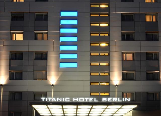 Titanic Comfort Hotel Berlin Mitte Top Lage mit Frühstück 68 €  PVG 116 €
