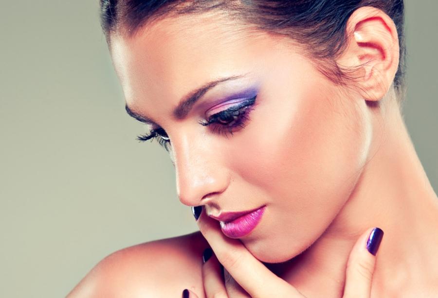 Sparen durch Schminken: 5€ Rabatt ab 20€, 10€ Rabatt ab 40€, 15€ Rabatt ab 60€ auf alles bei BH Cosmetics