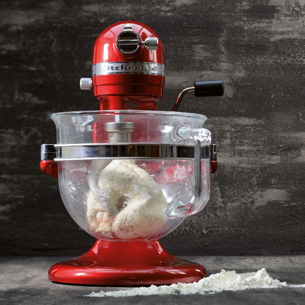 Kitchenaid Artisan Küchenmaschine (Knethaken, Flachrührer, Schneebesen, Deckel, 6L Glasschüssel) in Liebesapfelrot oder rot