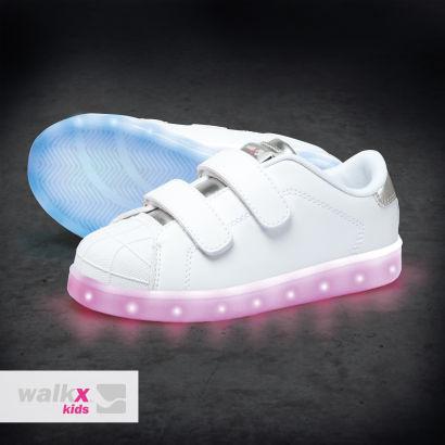Aldi Nord: Sneaker mit LED- Leuchtsohle