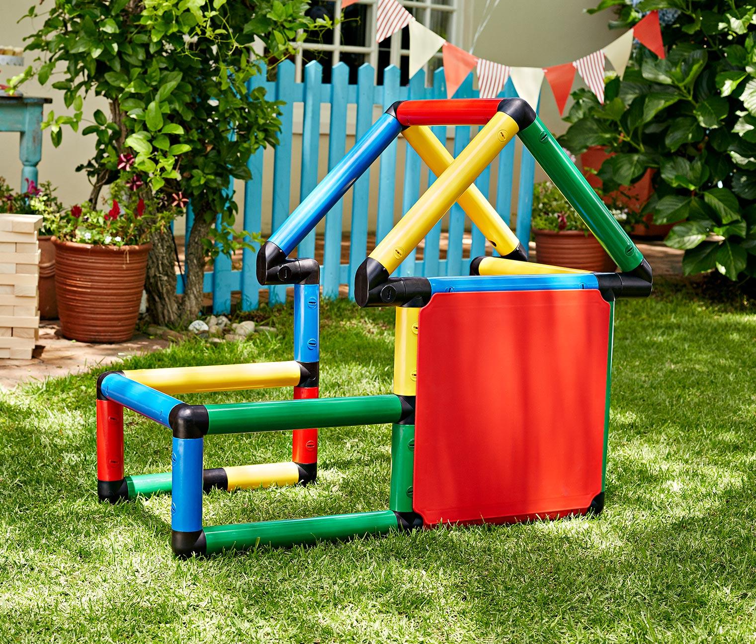 Quadro Baukasten (nutzbar als Fußballtor + Spielhaus ..) für 42,46€ versandkostenfrei bei [Tchibo]