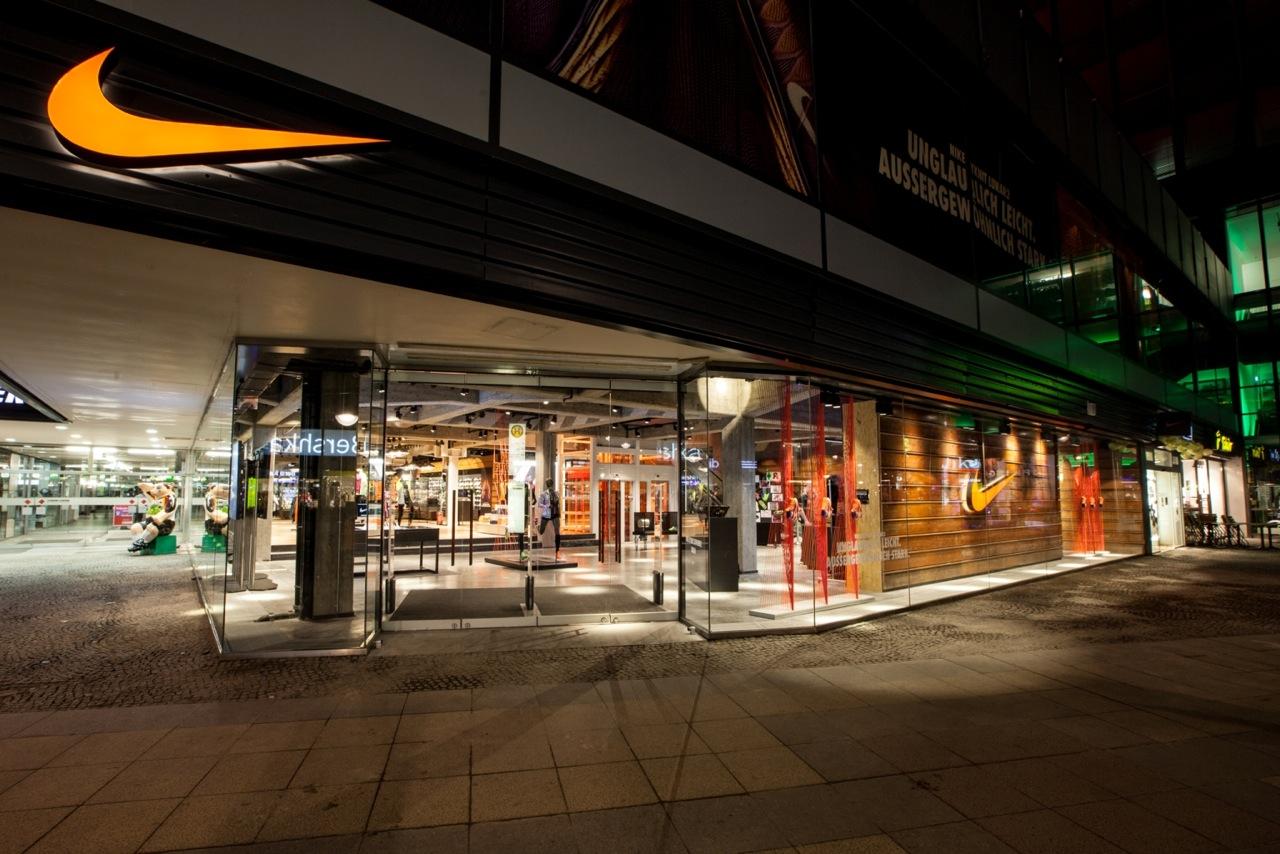 [lokal Berlin] Flash Sale Nikestore am Kudamm! -50%