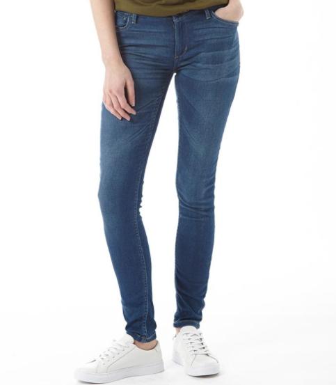 Großer adidas-Ausverkauf bei MandM Direct, z.B. adidas neo Chinos für 8,95€, Skinny Jeans für 10,95€, T-Shirts für 6,95€