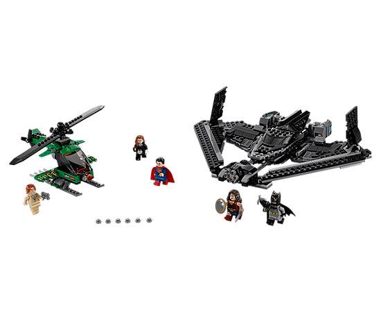 LEGO Helden der Gerechtigkeit: Duell in der Luft (76046) + Batmobil