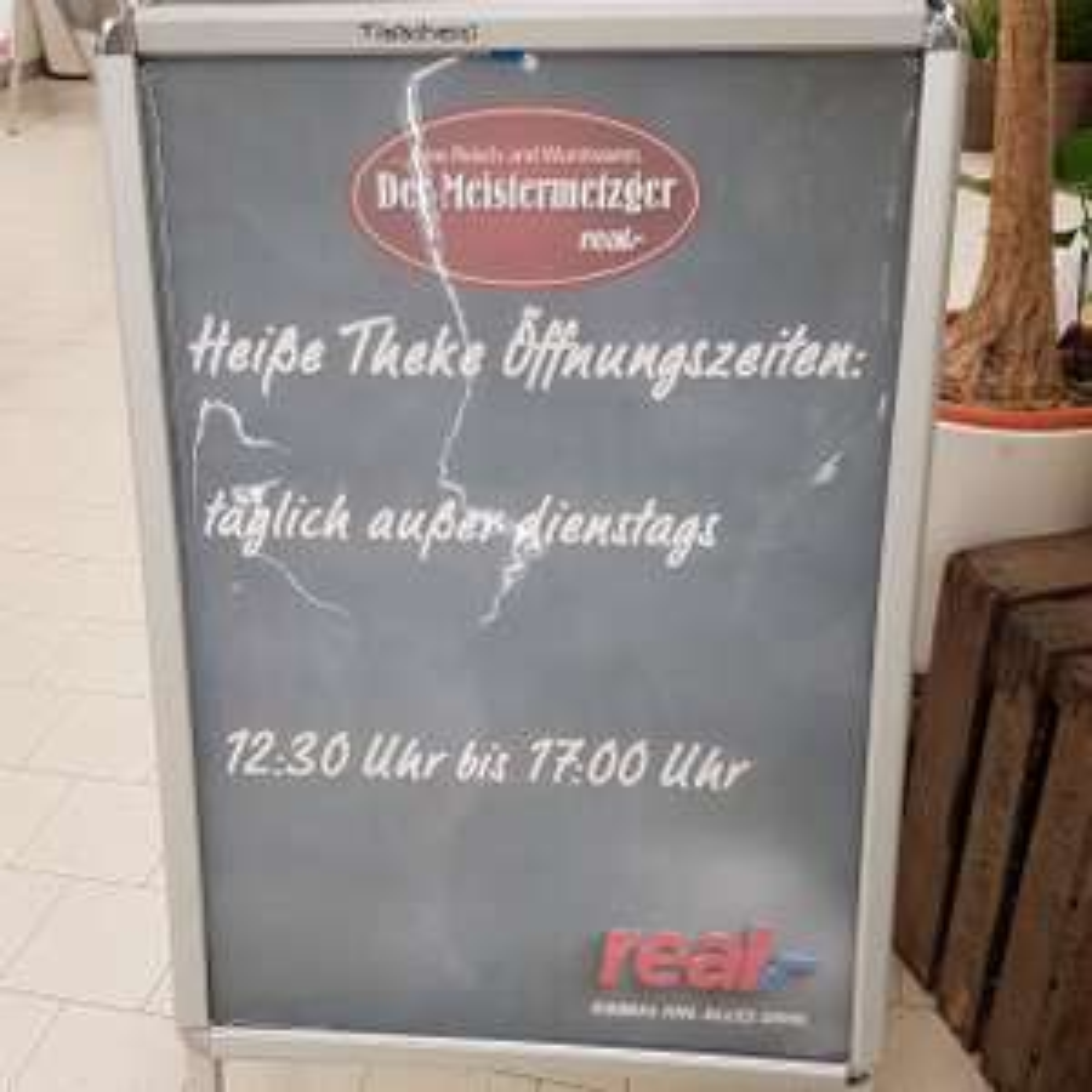 [Lokal REAL Oldenburg] Heiße Theke: Leberkäse-Brötchen 1€ / Krustenbraten-Brötchen 1,50€