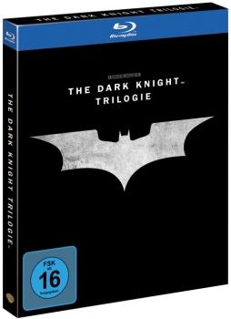 [alphamovies.de] THE DARK KNIGHT TRILOGY BLU-RAY für 10,94 € Versandkostenfrei ab 17,-€ sonst 2,99 € Versand