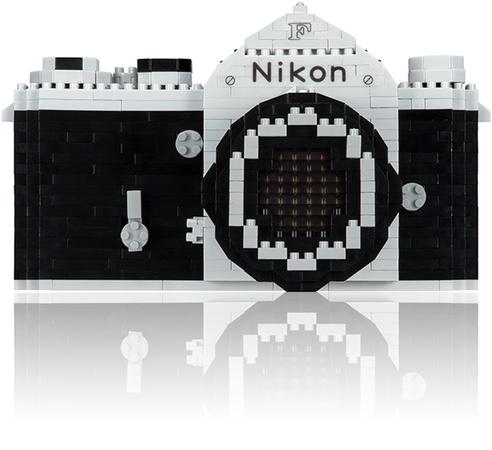 Nikon F Nanoblock Modellierbausatz, 1000 teilig, für 49,99 € bei Nikon
