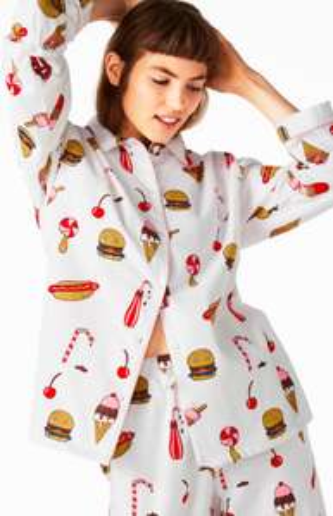 Lecker Mädsche: Flanellpyjama aus 100% Baumwolle mit Burger-/Eisdruck für 13,50€ (+VSK) statt 30€ und viele andere günstige Teile im Monki-Sale