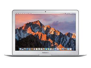 Apple MacBook Air 13,3 Zoll mit 128GB SSD, 8GB RAM und i5 CPU für 869€