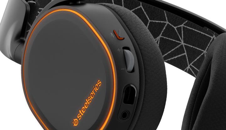 steelseries Arctis 5 schwarz für 99€ @ Comtech - Gaming Headset für PC, PS4 und XBOX One *UPDATE*