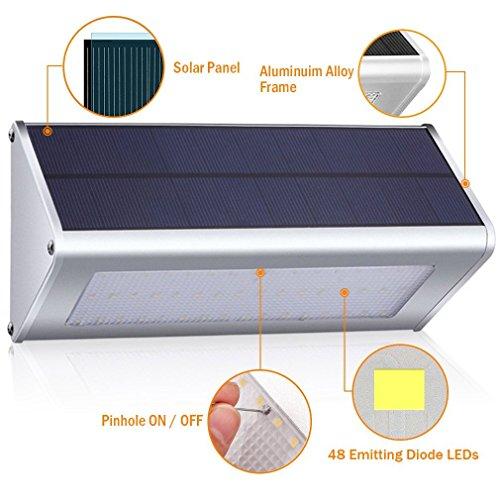 [Amazon.de] Solar Wandleuchte für Außenbereich /Garten 48 LED + Alu + Bewegungssensor