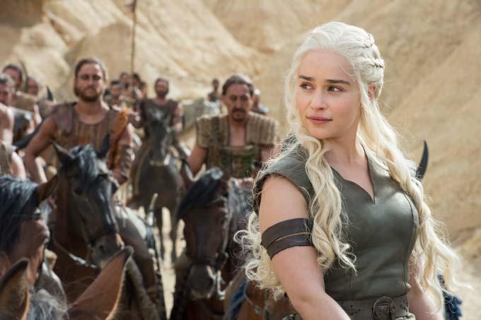 Brace yourself: Game of Thrones: Staffel 6 - Exklusive Edition mit Figur + Bonus-Disc