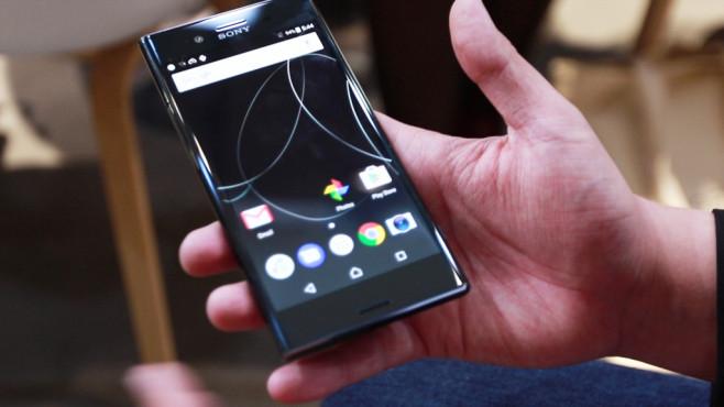 Kopfhörer im Wert von 267,90.- Euro (Amazon) beim Kauf eines Sony Xperia XZ Premium