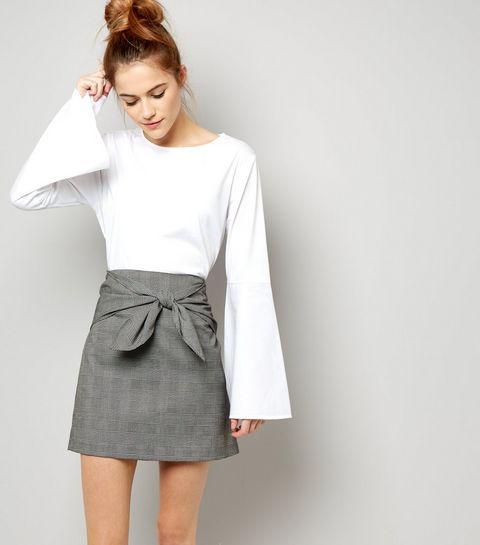 Riesengroßer New Look Sale mit bis zu 60% Rabatt, Tops ab 2€, Sweatshirts ab 4€