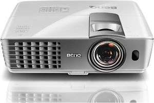 [computeruniverse@eBay] BenQ W1080ST+ 3D Kurzdistanz Heimkino DLP-Projektor (Full HD 1920x1080 Pixel, 2.200 ANSI Lumen, Kontrast 10.000:1, 2x HDMI, MHL) in weiß