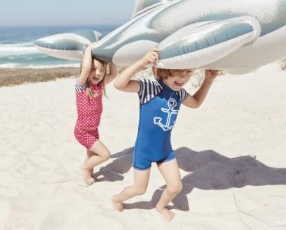 UV-Schutzkleidung für Jungs und Mädchen in 74 - 110 für 7,99€ ab heute bei [Lidl]