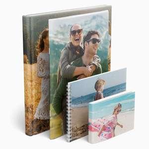 [Lidl Fotos] Fotobuch A4 Hardcover mit 24 Seiten + Digitaldruck für 9,98€ inkl. Versand (Quer-/ Hochformat)