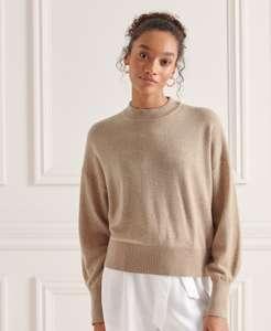 50% Rabatt auf Damen-Pullover im Superdry Outlet, zB: Woll-Kaschmirpullover mit Rundhalsausschnitt