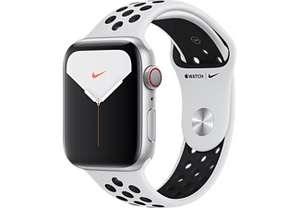 APPLE Watch Series 5 Nike (GPS + Cellular) 44mm Smartwatch Aluminium, 140 - 200 mm, Armband: Pure Platinum Schwarz, Gehäuse: Silber für 339€