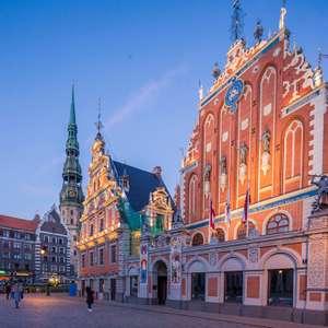 Flüge: Riga, Lettland [Nov.-Dez.] Hin- & Rückflug ab Berlin ab 12,99€ & ab Köln ab 13,99€ mit Ryanair