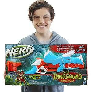 Nerf DinoSquad Tricera-Blast Dart-Blaster, aufklappbarer 3-Dart Lauf, 12 Nerf Darts (Prime)
