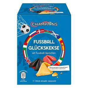 Aldi Süd Hofheim/Taunus lokal: Fussball Glückskekse , 11 Stück einzeln verpackt mit Sprüchen, in schwarz/rot/gold