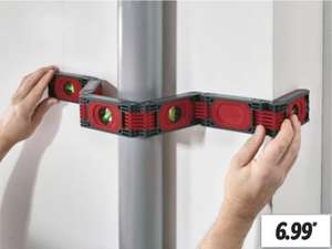 Flexible Wasserwaage mit 4 Libellen und 6 Magnetstreifen für 6,99€