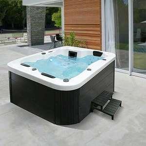 [Bauhaus TPG] Home Deluxe Außen-Whirlpool White Marble inkl. Treppe und Thermoabdeckung