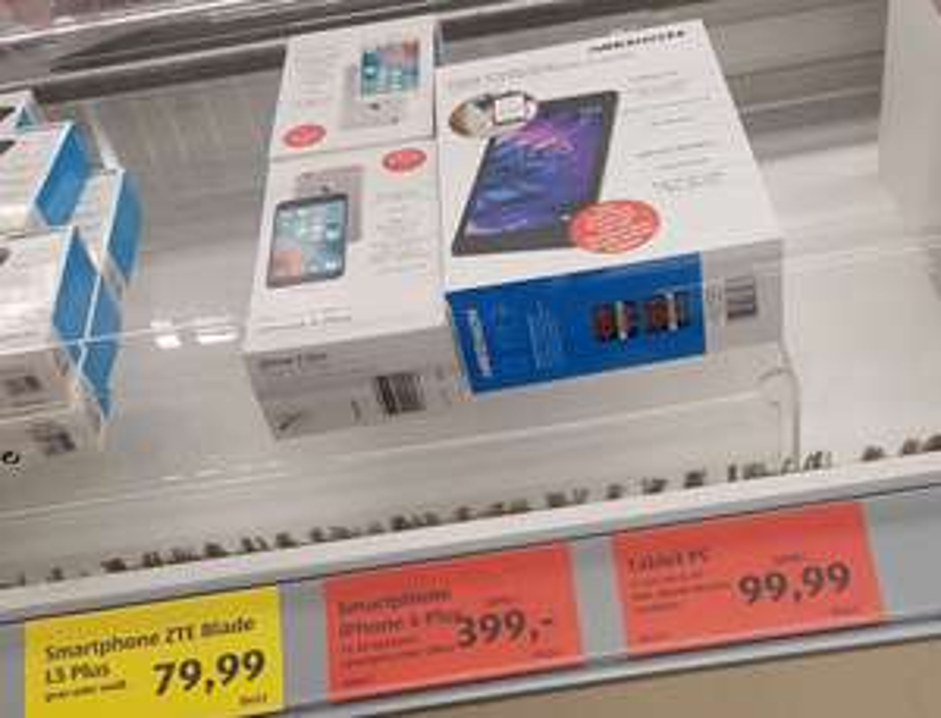 iPhone 6 Plus  - Space Grey / Silber  - 16GB für nur 399 Eur [ALDI SÜD] (Düsseldorf)