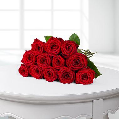 Günstige Rosen bei Lidl-Blumen z.B. 12 langstielige rote Rosen für 17,99 €