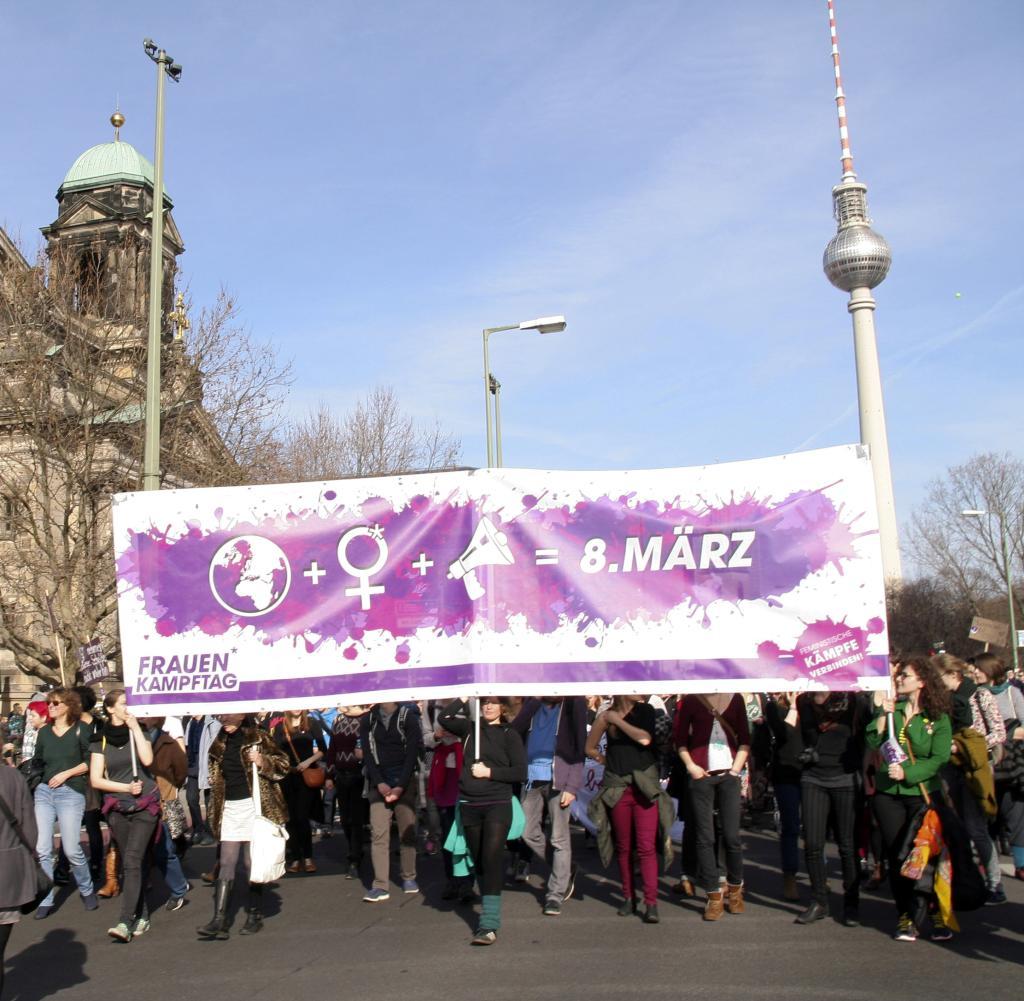 (Lokales Freebie) Frauentag am 8. März gesetzlicher Feiertag in Berlin