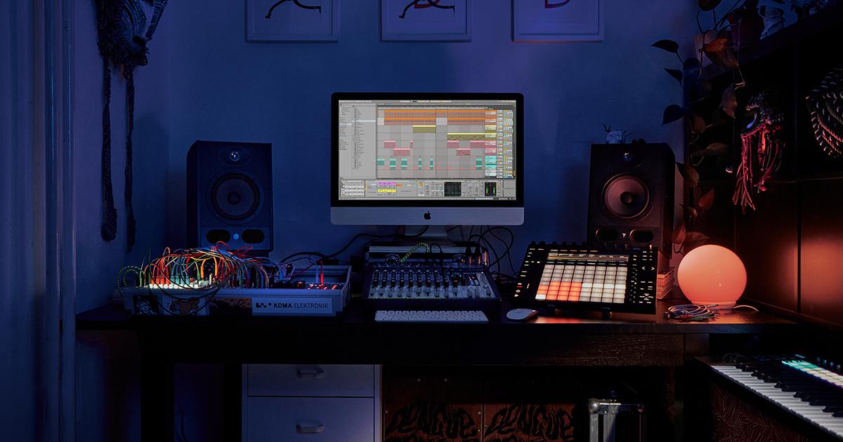 Digital Audio Workstation: Ableton Live 10 alle Versionen 20% + Free upgrade auf Live 11   alle Packs 20%   Upgrade von 10 auf 11 20%