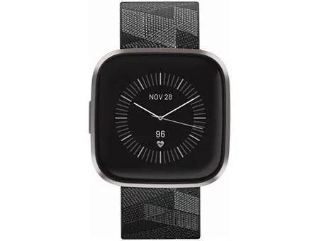Fitbit Versa 2, Special Edition, Gesundheits- und Fitness-Smartwatch mit Alexa Sprachsteuerung Rauchgrau [Euronics & Berlet]