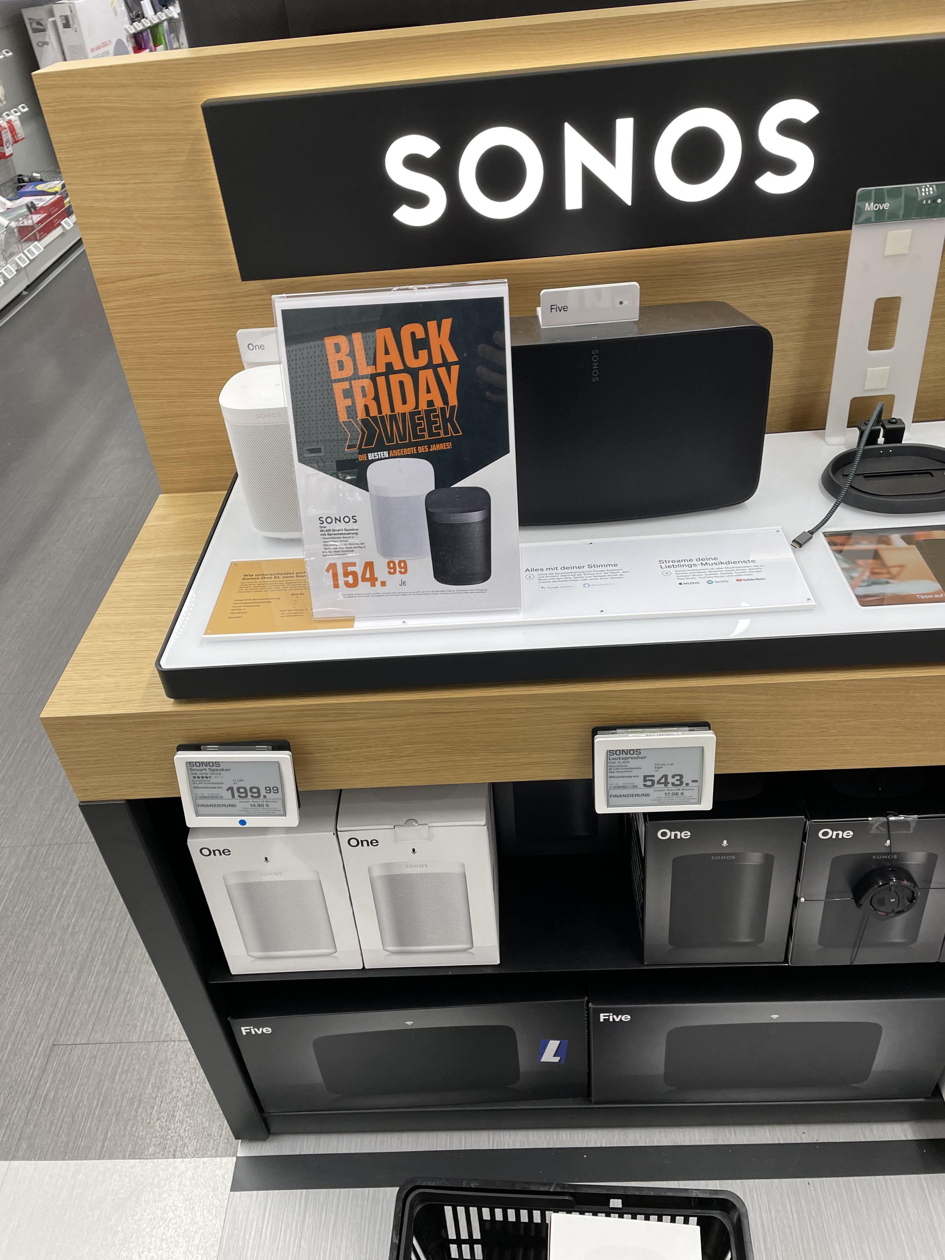 Lokal: Sonos One vorrätig für 154,99€ (Sonos Beam schwarz Aussteller für 339)- Saturn Berlin Gesundbrunnen