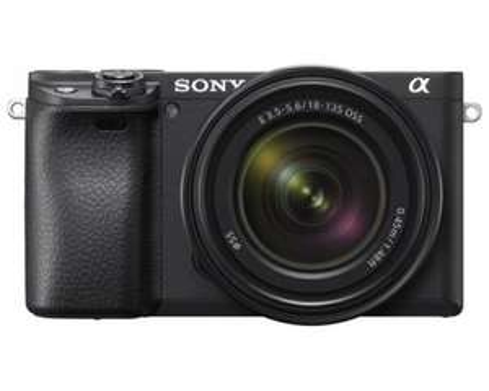Sony Alpha 6400 + SEL 18-135