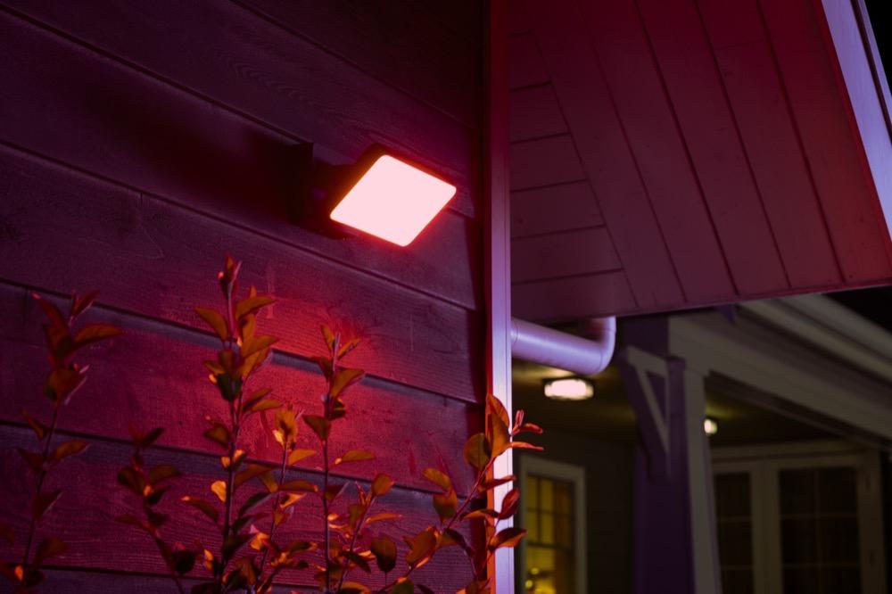 Philips Hue Discover Fluter LED Outdoor Wandleuchte IP44 ZigBee - Hornbach TPG