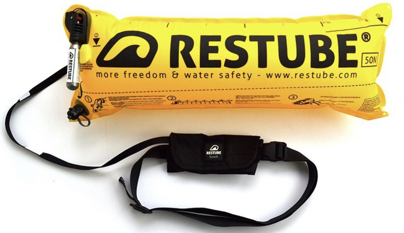 Restube Beach Notfall Schwimmboje - Der Airbag fürs Wasser mit integrierter CO2 Patrone für 29,99€