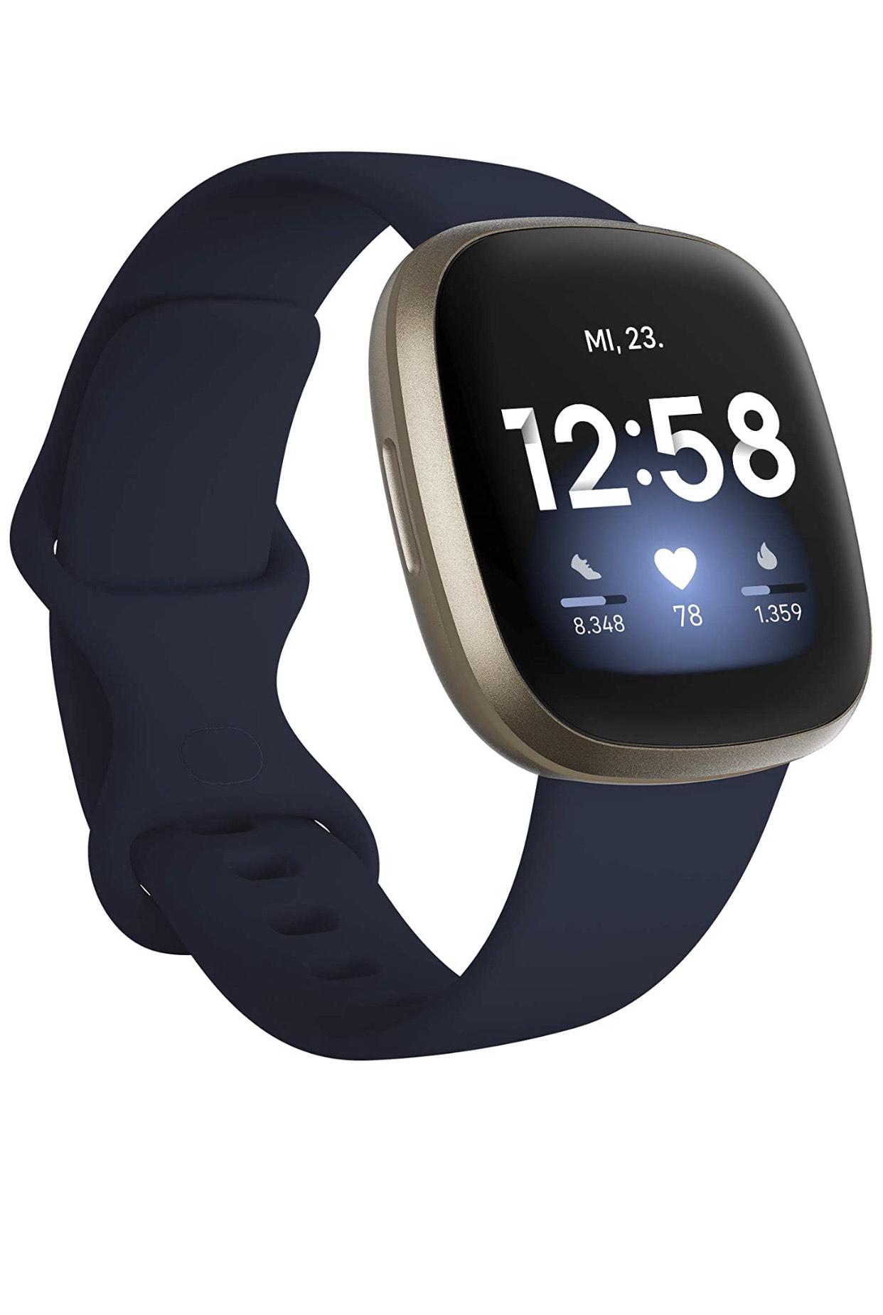Fitbit Versa 3 bei Mediamarkt
