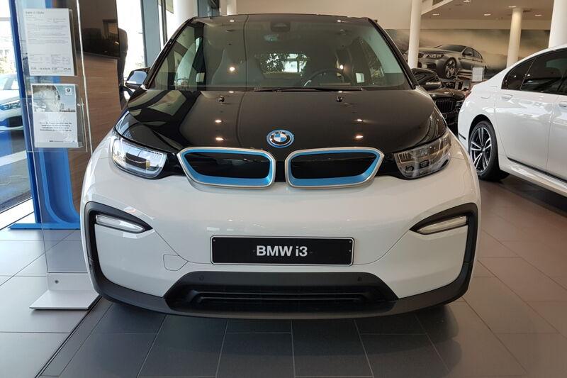 Gewerbeleasing BMW i3S für 170€ netto (105€ netto wenn soziales) + BAFA mit 10.000km 24Monate