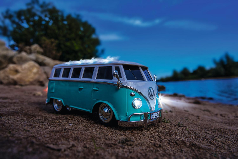 Carson VWT1 Samba Bus 2.4G 100% (500907324) ferngesteuertes Modell-Auto für 12,06€ (Thalia Kultklub)