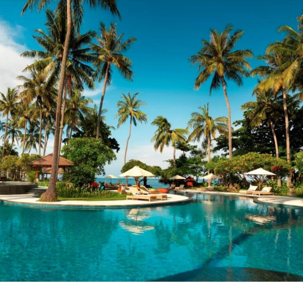 Lombok, Indonesien: 4*Holiday Resort Lombok - Garden-Chalet für 2 Personen (Kinder bis 7 kostenlos) / Meerblick +2€ / Frühstück +5€