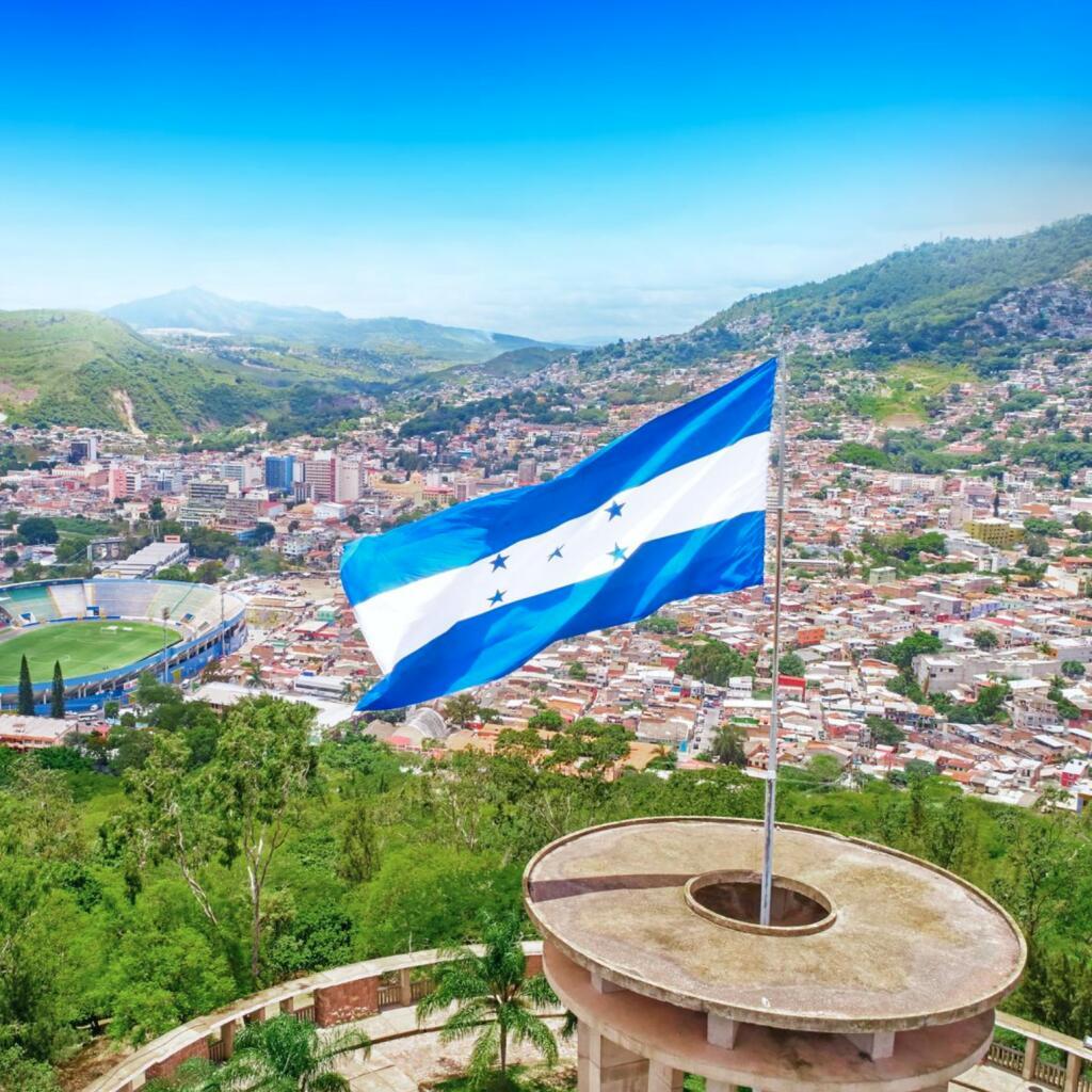 Flüge: San Pedro Sula, Honduras [Okt.-Nov.] Hin- & Rückflug ab Amsterdam mit Aeromexico ab 347€