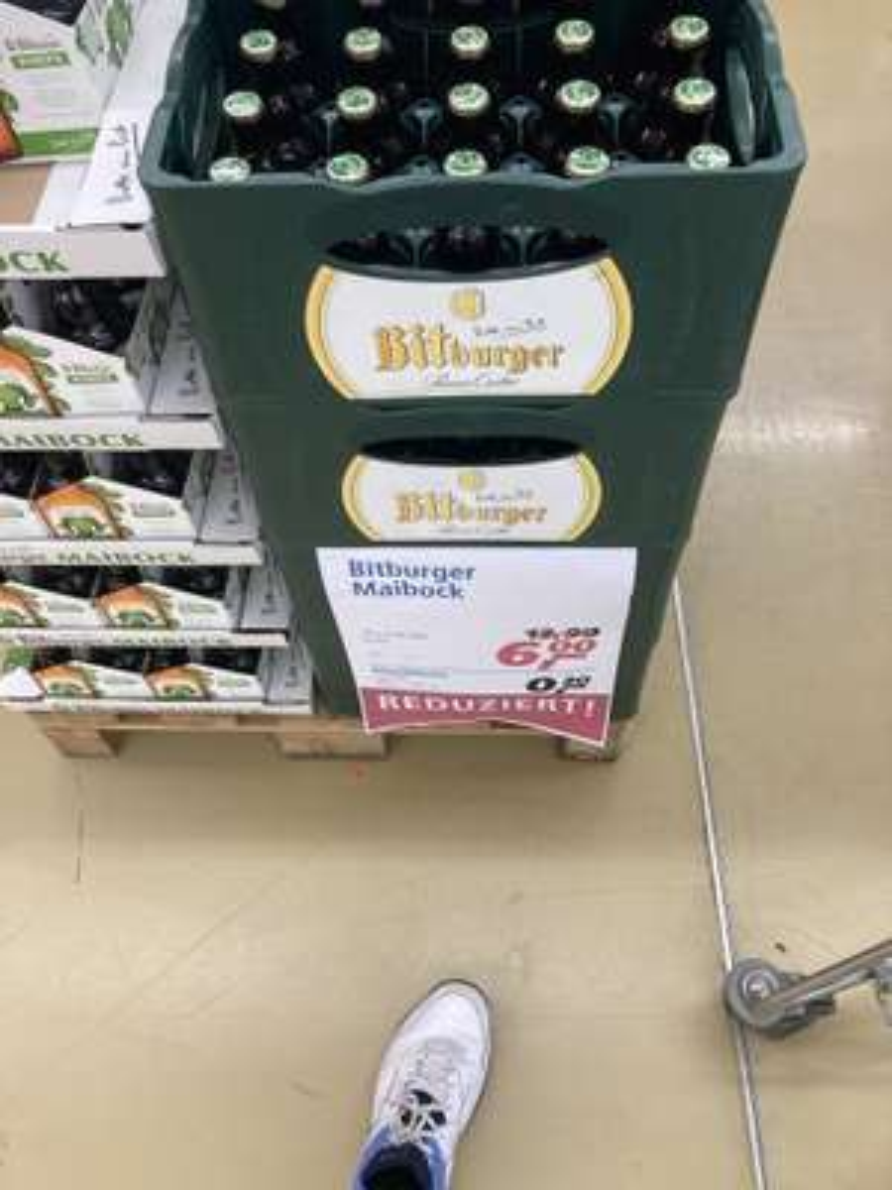 (Lokal Real Gießen) Kasten Bitburger Maibock für 6€
