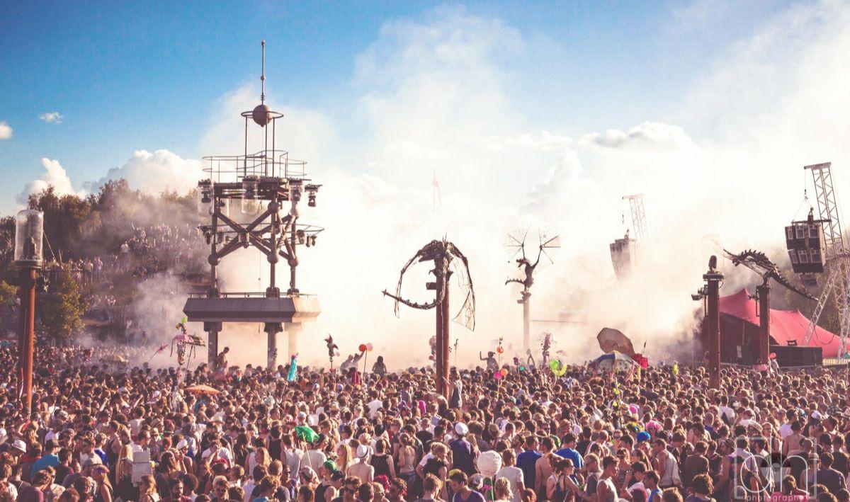 """50 Euro frei Suff mit Code: MOLLY50 für """"The Island"""" Festival"""