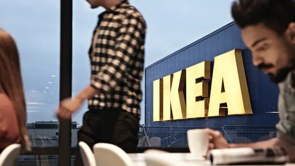 IKEA Düsseldorf Abverkauf FROSTIG Einbaukühlschrank, weiß, 314 l, 143 kWh/p.a. & TVÄTTAD Einbauwaschmaschine 8kg