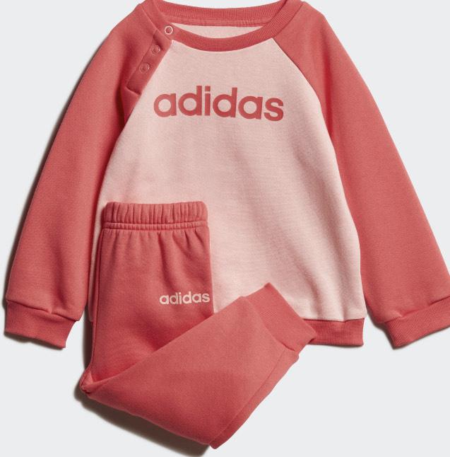 [Adidas App kostenloser Versand] Adidas LINEAR FLEECE JOGGINGANZUG Glow Pink Gr. 62-104